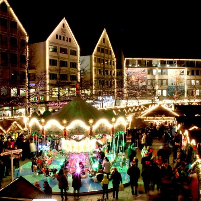Social Distancing Simulation of the Christmas Market in Ulm